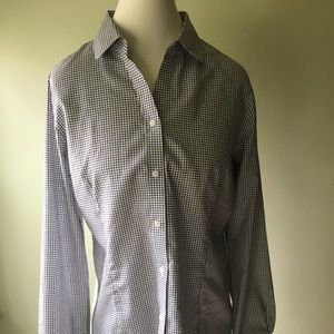 NWT Ladies tailored shirt.